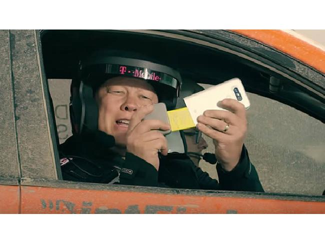 รีวิวธรรมดาหลบไป T-Mobile มาแนวใหม่ รีวิวมือถือแบบความเร็วสูง!