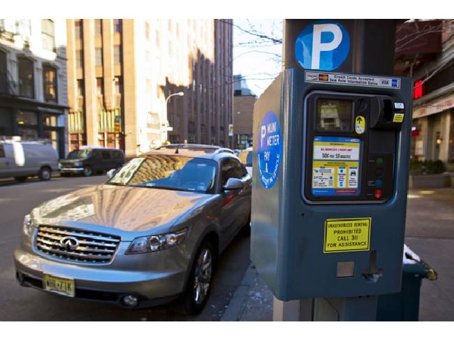 ไม่ต้องเตรียมเหรียญ! New York City เปิดให้บริกาจ่ายเงินค่าจอดรถ ผ่านแอพฯ บนสมาร์ทโฟน