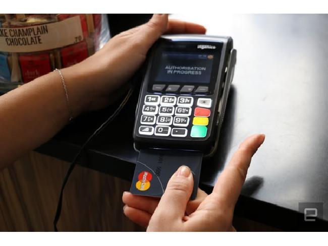 MasterCard เปิดตัวบัตรเครดิตมีเซ็นเซอร์สแกนลายนิ้วมือ ใช้จ่ายผ่านบัตรต้องยืนยันลายนิ้วมือทุกครั้ง