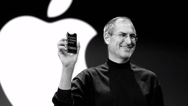 Steve Jobs จากไป Tim Cook โพสต์ข้อความรำลึกสุดซึ้งถึงอดีตซีอีโอ Apple