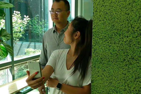 นักวิจัย Google พัฒนา AI ที่บอกได้ว่ามีคนอื่นแอบมองหน้าจอมือถือของเรา