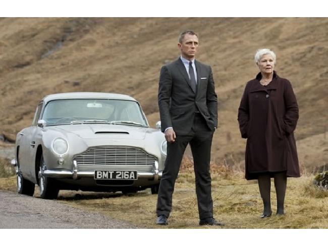 Aston Martin คอนเฟิร์มผลิตรถยนต์ DB5 รุ่นคู่ใจของ James Bond พร้อมฟีเจอร์ไฮเทค สนนราคาประมาณ 115 ล้านบาท