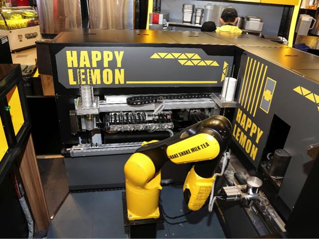 ล้ำหน้า! Alibaba จับมือ Happy Lemon ร้านชานมไข่มุกจากไต้หวัน พัฒนาหุ่นยนต์ผลิตเครื่องดื่ม