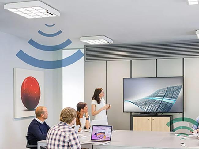 มาแล้ว! Philips เริ่มใช้เทคโนโลยี LiFi กับผลิตภัณฑ์ของตนเอง ทำความเร็วได้ 250 Mbps