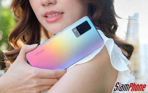 Vivo V21 5G เซลฟี่โหมดเซียน 44MP กล้องหน้ากันสั่น OIS รุ่นแรกในโลก กับราคา 12,999 บาท